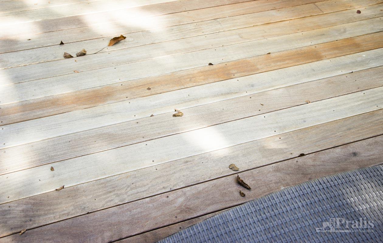 Патинована тераса з дерева Іроко
